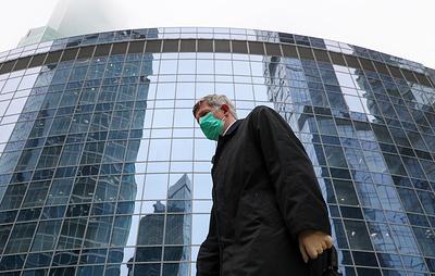 Собянин: необходимость носить маски может сохраниться в Москве до середины осени