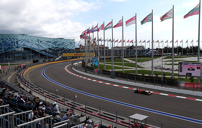 """СМИ: Сочи может принять две гонки """"Формулы-1"""" в 2020 году"""