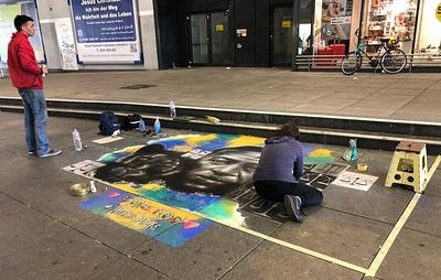 В Берлине прошла многотысячная акция против расизма и полицейского насилия