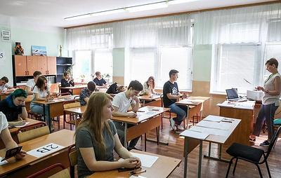 Самый массовый ЕГЭ по русскому языку сдадут свыше 671 тыс. выпускников