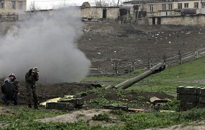 В Азербайджане сообщили об артиллерийском обстреле позиций армии страны со стороны Армении
