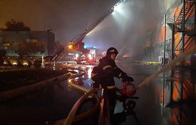 Пожар на обувном складе в Долгопрудном локализовали на площади 4,5 тыс. кв. м