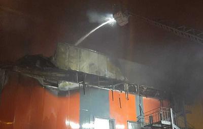 В подмосковном Хлебниково горит склад на площади 6,5 тыс. кв. метров