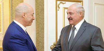 """""""Лукашенко никогда никуда не побежит"""". Главное из интервью президента Белоруссии"""
