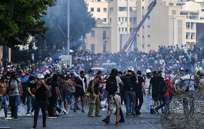 Почти 60 человек пострадали в результате протестов в Бейруте