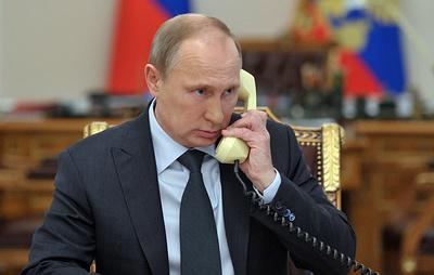 Макрон позвонил Путину
