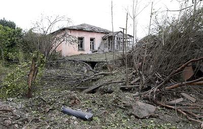 Журналисты газеты Le Monde попали под обстрел в Карабахе, двое граждан Франции ранены