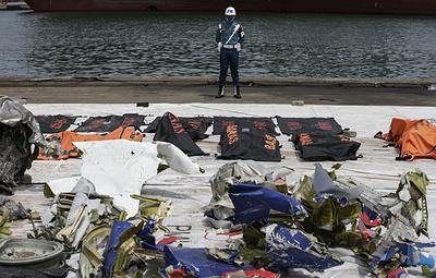 В ВМС сообщили, что речевой самописец разбившегося в Индонезии Boeing был поврежден