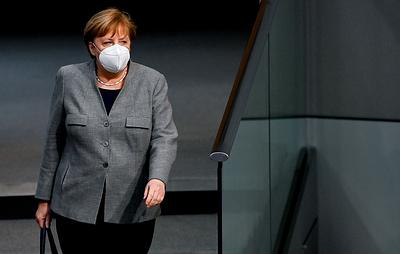 Меркель: говорить о производстве российской вакцины в ЕС можно после ее одобрения