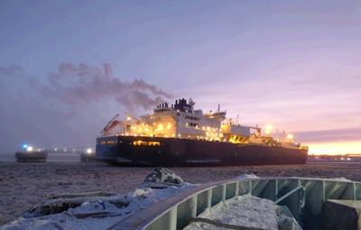 Первые танкеры ледового класса начали доставку ямальского газа по Северному морскому пути