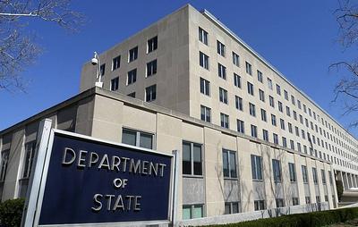 NYT: дипломаты США за рубежом недовольны, что получают вакцину от COVID-19 последними
