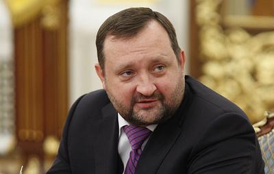 ЕС снял санкции с экс-премьера Украины Арбузова и экс-министра образования Табачника