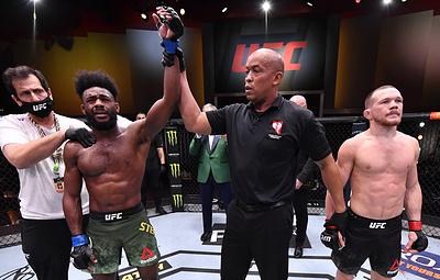 Бои по правилам. Петр Ян лишился титула чемпиона UFC из-за запрещенного удара коленом