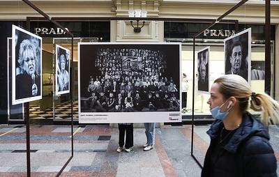 """Фотовыставка о становлении """"Современника"""" открылась в ГУМе"""