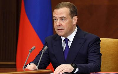 Медведев отметил вклад Лысенко в формирование новых методов работы телевидения