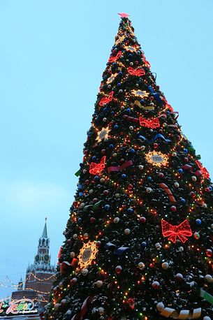 Christmas tree in front of GUM mall on Red Square