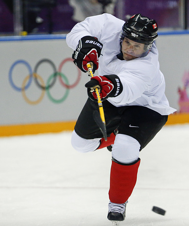 Canada forward Martin St. Louis takes a shot during a training session at the Bolshoy Ice Dome in Sochi