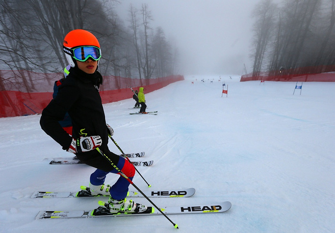 At the Olympics in 2002 and 2006 Thailand was represented by an only skier, Prawat Nagvajara. In 2014 the team includes the world famous violinist Vanessa Mae, who is competing under her last name, Vanakorn