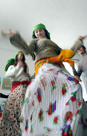 One of the most well-known features of Romani culture is the dance