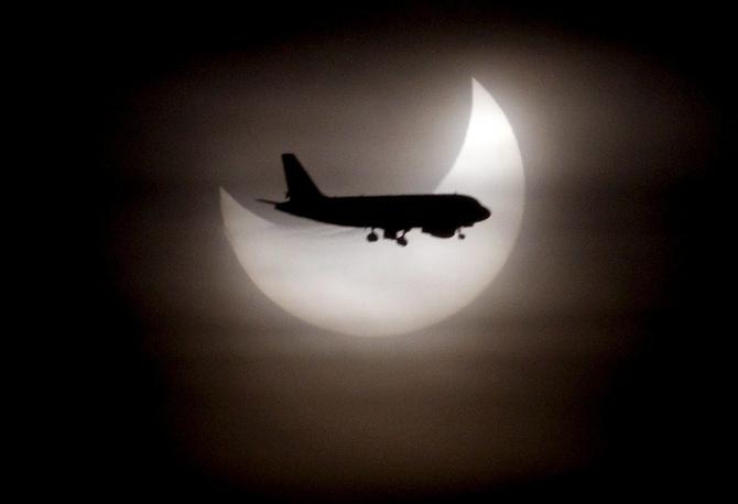 Solar eclipse seen in Barcelona in 2011