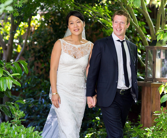 In 2012 Mark Zuckerberg married his long time girlfriend Priscilla Chan. The celebration also marked her gettng a Doctor of Medicine degree