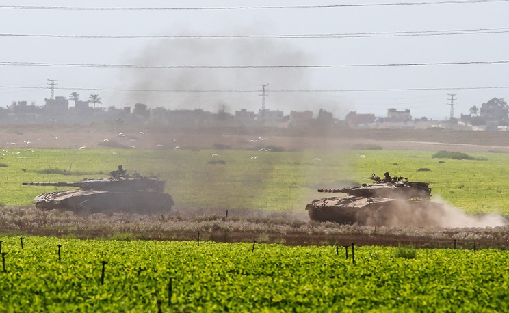 Israeli forces on the border with the Gaza Strip
