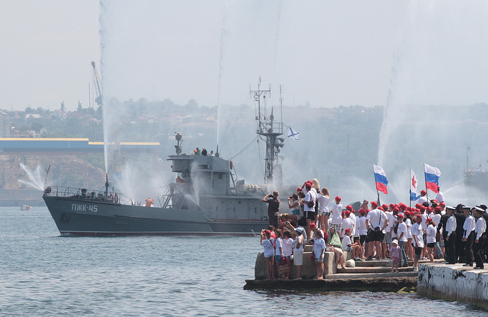 Navu Day parade rehearsal in Sevastopol
