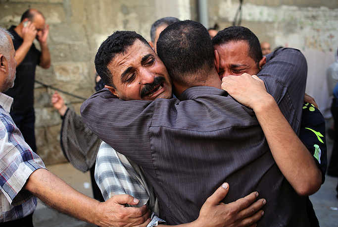 Relatives of Palestinians killed in Israeli airstrikes