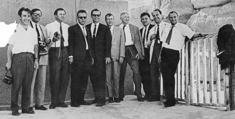 Briefing of foreign correspondents in Middle East, 1967
