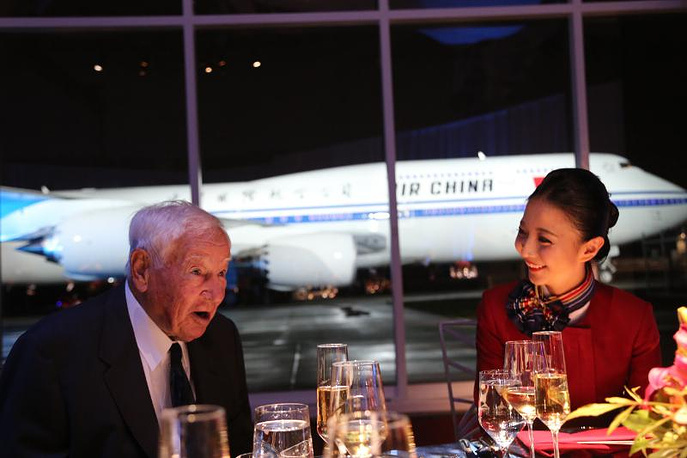 China's First New-Generation Boeing Jetliner B747-8 Delivered to Air China