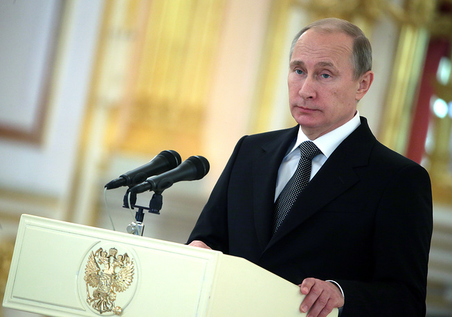 Photo: Vladimir Putin speaks at a ceremony of presenting credentials by foreign ambassadors, November 19