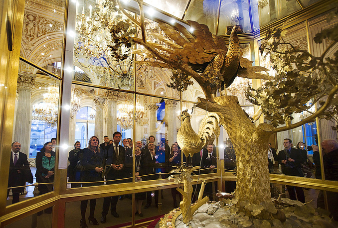 About 36 thousand tours are held in Hermitage museum in a year. Photo: Dutch Prime Minister Mark Rutte visits the Hermitage in Saint Petersburg, 2011