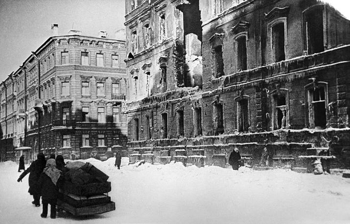 Destroyed building in Leningrad