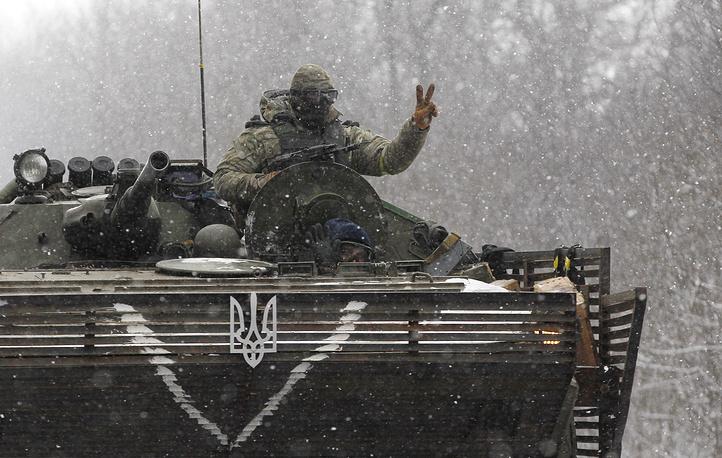 A Ukrainian soldier seen near Debaltseve