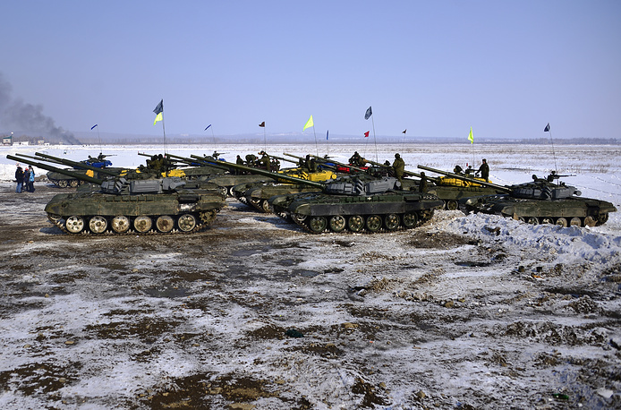 Tank crews from the republic of Buryatia, Transbaikal, Khabarovsk, Primorye, Kamchatka, Amur and Sakhalin regions competed in racing on speed, shooting at targets and relay races