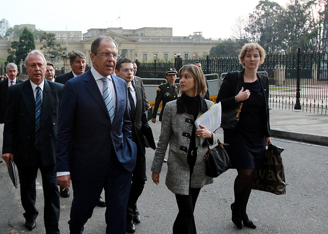 After talks with Sergey Lavrov, Colombian Foreign Minister Maria Angela Holguin said about intention to develop energy cooperation with Russia. Photo: Russian Foreign Minister, Sergey Lavrov (left), Colombian Vice Minister of Foreign relations, Patti Londono (center), after a meeting with Colombian President, Juan Manuel Santos, in Bogota