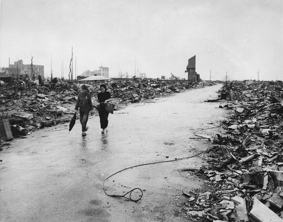 The overall number of fatalities exceeded 140,000. Photo: People walking on a cleared path through the destruction resulting from the August 6 detonation of the first atomic bomb, Sept. 8, 1945