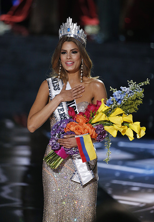 Miss Colombia Ariadna Gutierrez after she was named Miss Universe at the Miss Universe 2015 pageant