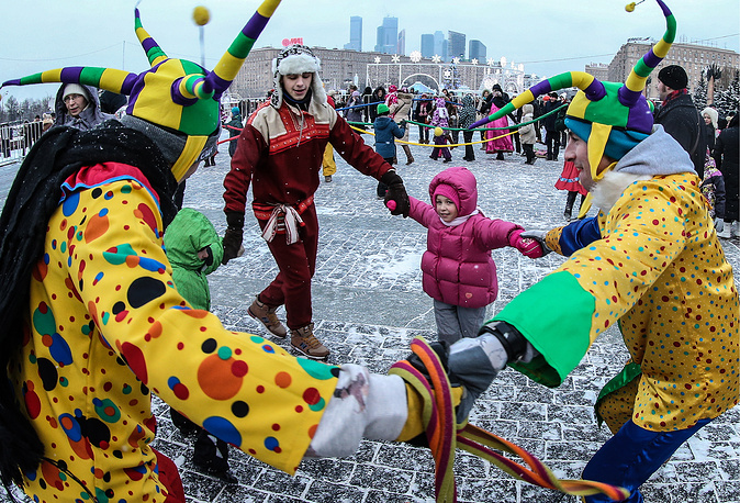 Orthodox Christmas celebrations on Moscow's Poklonnaya Hill