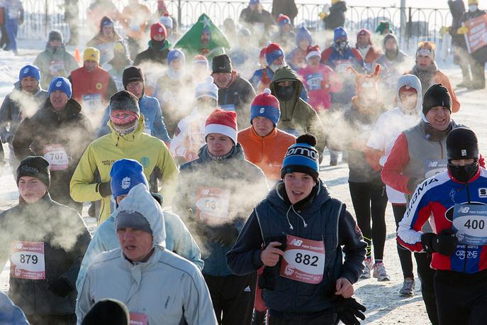 Christmas half marathon in Omsk