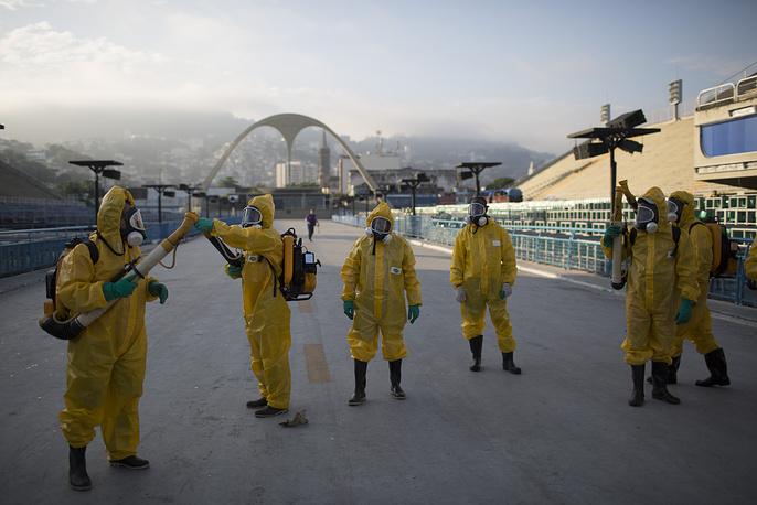 Health workers in Rio de Janeiro, Brazil