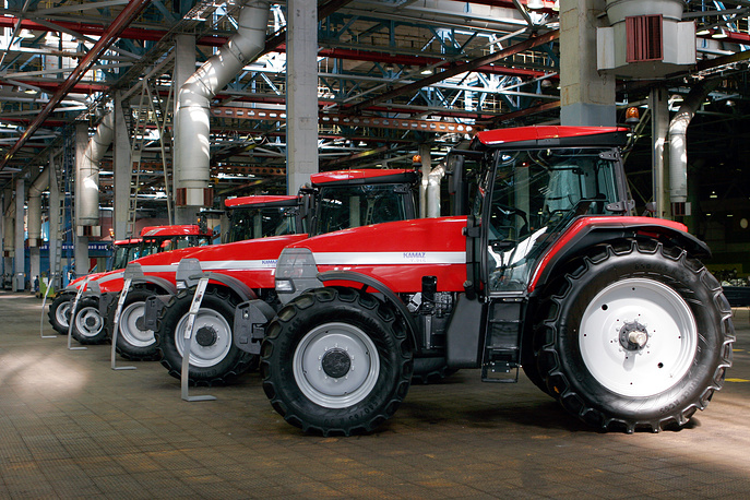 Kamaz T-215 farm wheeled tractors assembled at Kamaz truck plant in Naberezhnye Chelny