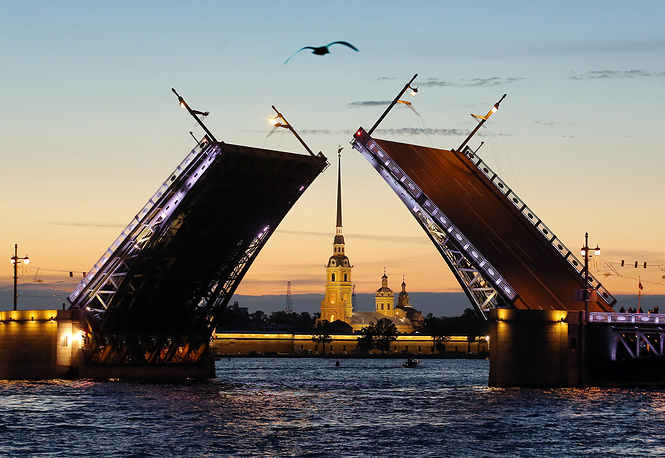 In TripAdvisor ranking St. Petersburg named the most popular destination for tourists in 2016