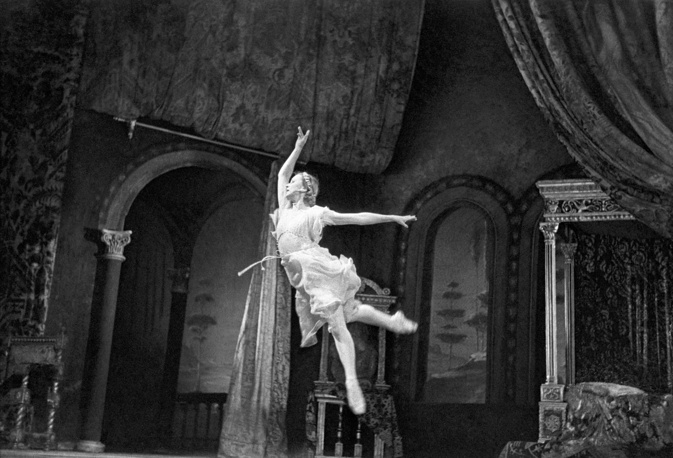 Galina Ulanova as Juliet in Sergei Prokofiev's ballet Romeo and Juliet, 1951
