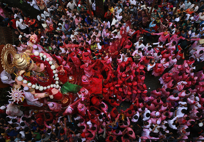 Procession of Hindu devotees seen on the final day of the Ganesha Chaturthi festival in Mumbai, India, September 15