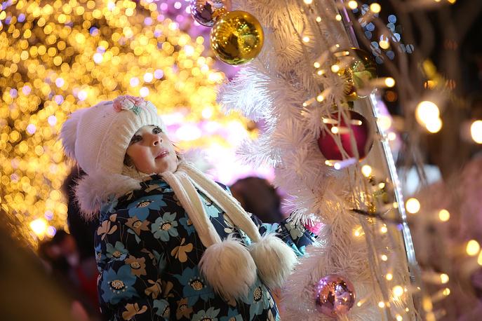 Journey to Christmas winter festival in Tverskoi Boulevard