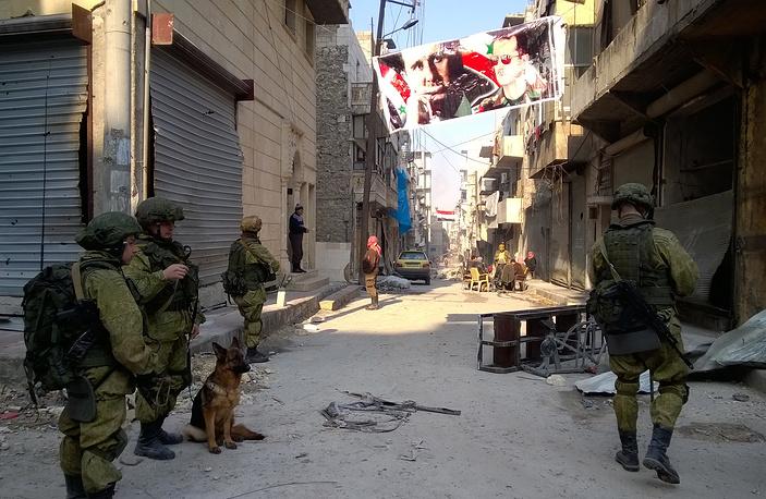 Russian sappers working in eastern Aleppo