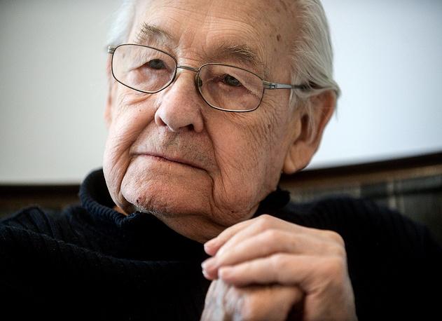 Oscar-winning Polish film director Andrzej Wajda died on October 9. He was 90