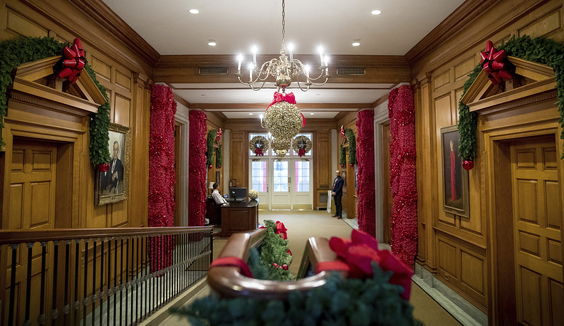 In 1961 the White House was declared a museum. Photo: The East Wing Hallway of the White House, 2016