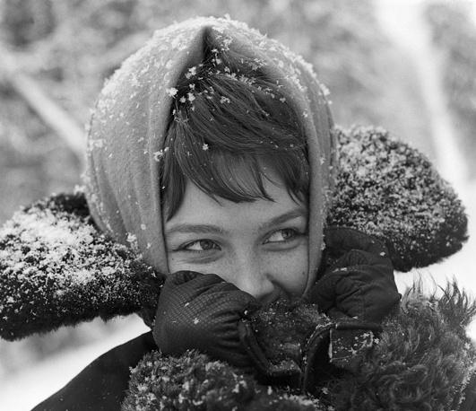 Smiling girl, 1966